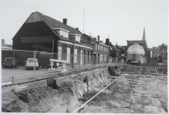 025532 - Sloop van de kelders van wijnhandel Verbunt in de Langestraat