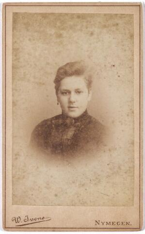 004814 - Marie JURGENS