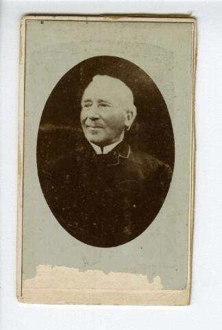 604154 - Gerardus Meelis, geboren te Tilburg op 25 augustus 1815, aldaar overleden op 25 augustus 1893. Hij huwde op 11 april 1839 te Tilburg met Adriana Cornelia Blaisse. Gerardus was koopman van beroep en hoofdman van het Sint Dionysiusgilde uit Tilburg.