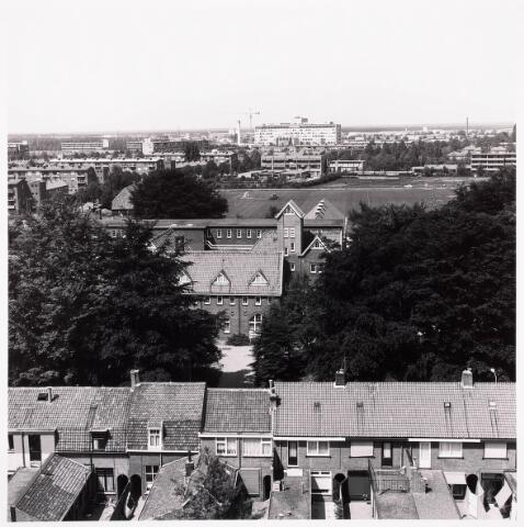 "036706 - Panorama van Tilburg vanaf de torenflat ""Vredeburcht """