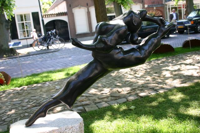 657187 - Kunst. De derde editie van de openluchtexpositie Oisterwijk Sculptuur langs De Lind in 2006.