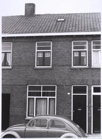 022904 - Pand Jan Heijnsstraat 3 (voorheen Alaert van Hamelplein) begin november 1962