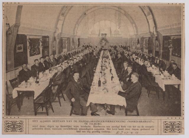 041357 - Jubileum. Het 25-jarig bestaan van de Handelsreizigersvereniging Noord-Brabant afd. Tilburg foto: viering in hotel restaurant Modern Heuvel.