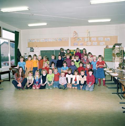 870063 - Klassenfoto. OBS Westerkim, Dongen