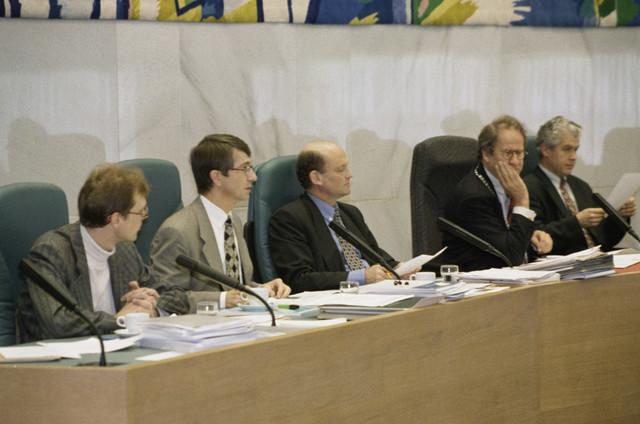 TLB023000976_003 - Begrotingsdebat gemeenteraad; college.