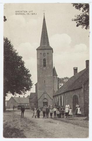 063092 - Kerk van de R.K. parochie van de H. Willibrordus aan de St. Willibrordstraat te Berkel