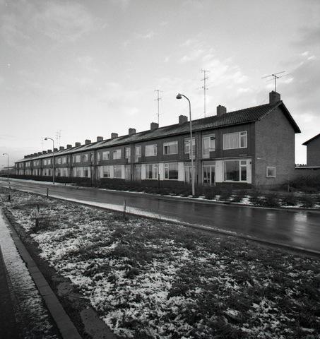 654404 - Huizen aan de Lage Witsiebaan.