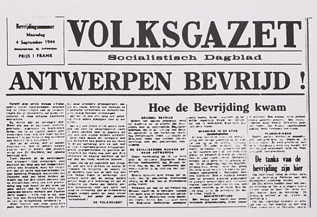 013123 - Tweede Wereldoorlog. Invasie Normandié. Voorpagina van het socialistische dagblad Volksgazet van 4 september 1944 waarin melding wordt gemaakt van de bevrijding van Antwerpen