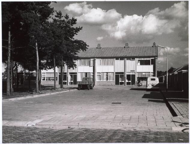 024846 - Woningen aan de Kruizemuntweg