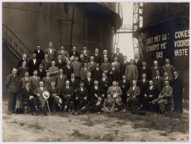 104199 - Ambtenaren van de gasfabriek