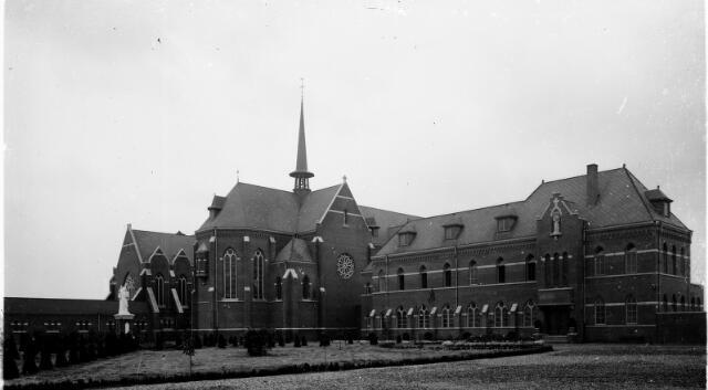 604549 - Trappistinnenabdij O.L.V. van Koningsoord te Berkel-Enschot.