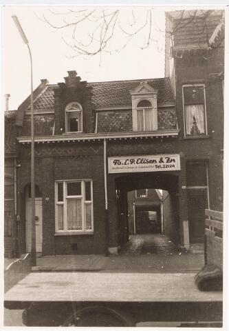 032291 - Bedrijfspand van de fruithandel fa L Elisen en Zn aan de Paleisstraat 10, thans Stadhuisplein