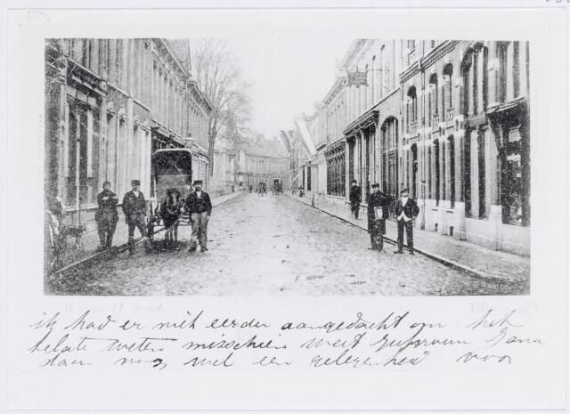 039990 - Willem II-straat tussen de Heuvelstraat en de Tuinstraat.