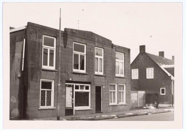 020412 - Panden Hasseltstraat 54 en 56 begin 1966