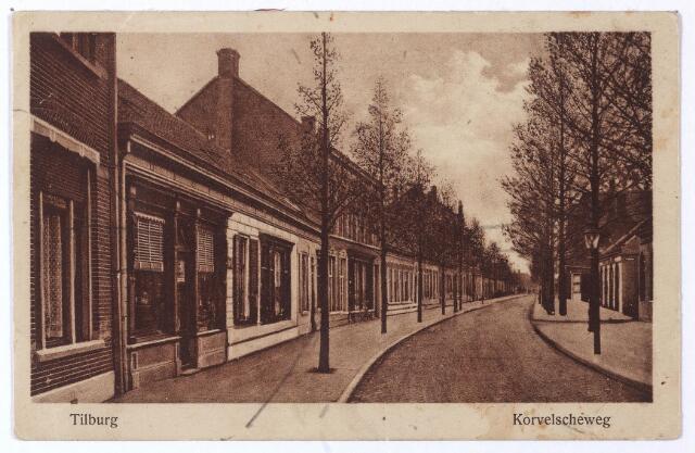 001530 - De Korvelseweg in zuid-westelijke richting ter hoogte van de Sint Annastraat (rechts achter de lantaarn).