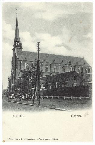 000587 - R.K. kerk St. Dionysius, parochie Goirke en rechts de oude Mariaschool aan de Goirkestraat. Voor de kerk een houten telefoonpaal.