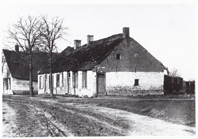 027393 - Volkshuisvesting en zedelijkheid. Krotwoning