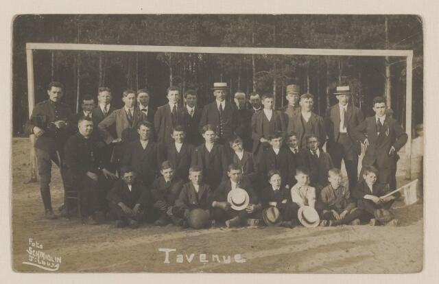 083939 - Voetbalclub Tavenue