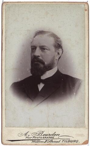 004110 - Adolf August Johan van DOOREN (1844-1895), textielfabrikant, gehuwd met Leonie Marie Virginie Motte (1842-1910). Zie ook foto nr. 4111