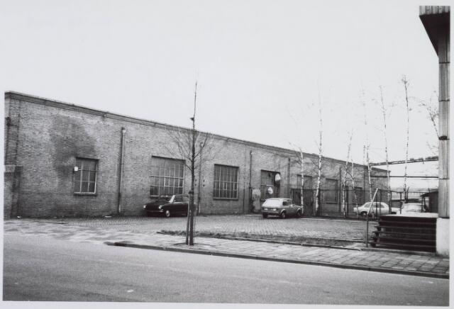 018351 - Textielindustrie. Gedeelte van de gebouwen van AaBe Wollenstoffen-en Wollendekenfabrieken aan de Fatimastraat.