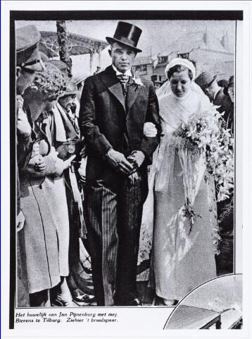 007684 - Bruiloften. Huwelijksfoto van Jan Pijnenburg  (de kanonbal) (1906-1979)  met Mejuffrouw Mimi Bierens (1911-1990).