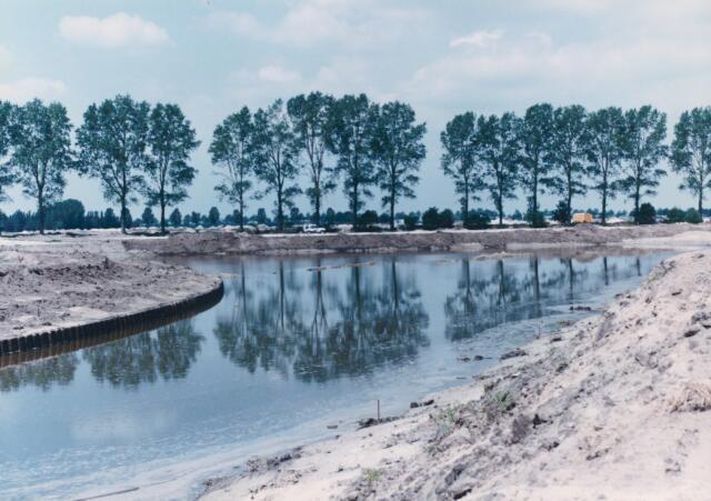 650821 - Gebied waar de latere woonwijk 'De Reeshof' is gebouwd.