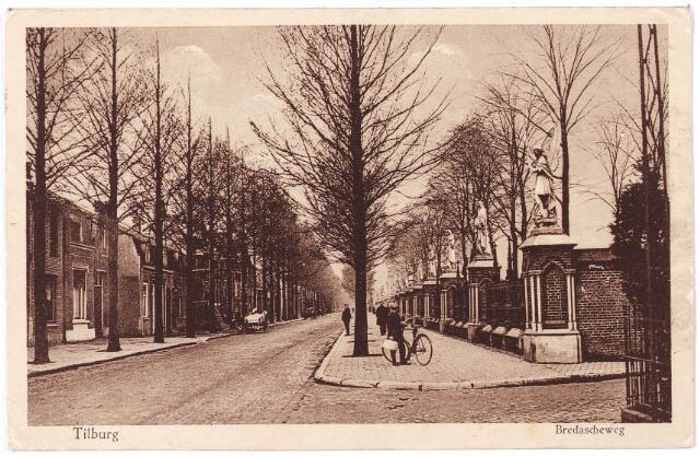 000081 - Bredaseweg,  kerkhof.