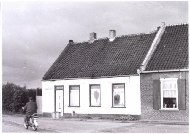 015594 - Pand Bokhamerstraat 53. Het werd in 1873 gebouwd door wever Norbertvan Pelt