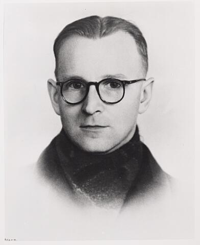 604357 - Tweede Wereldoorlog. Oorlogsslachtoffers. Wilhelmus A.J. Berkelmans (1912-1944)