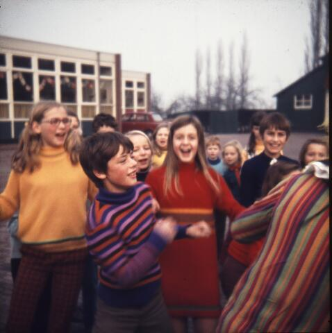 650179 - Gerardus Majellaschool, Hulten. Sinterklaas.