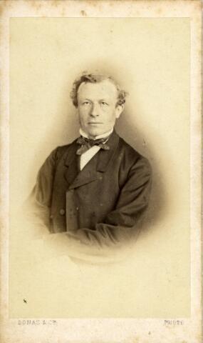 092929 - De Tilburgse wethouder Arnoldus Antonius Mutsaers (Tilburg 1827-1895) Hij trouwde met Josepha Adriana van Loon.