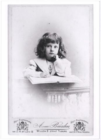 004558 - Stephanie HOUBEN (reproductie; origineel niet in collectie aanwezig)