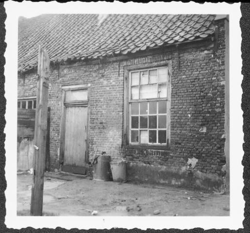 653395 - Verdwenen stadsgezichten, Tilburg. Panden die rijp waren voor de sloop en afgebroken werden.