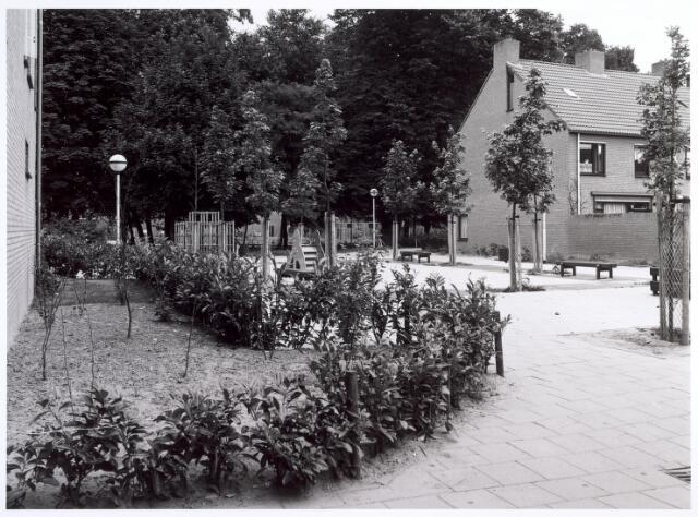017027 - Kinderspeelplaats bij het Calandhof