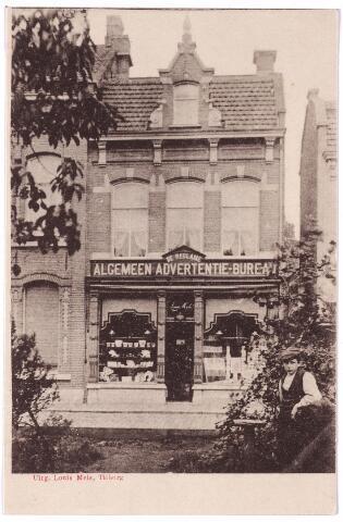 002695 - Tuinstraat M1117, vanaf 1910 Tuinstraat nr. 91. In dit pand zat rond 1900 Jacobus Aloysius (Louis) Mels, geboren te Tilburg op 12 januari 1869. Hij was assurandeur, maar had op dit adres ook een handel in papier en boeken en een 'Algemeen Advertentie Bureau'. Hij was ook uitgever van ansichtkaarten. Door de arrondissementsrechtbank van Breda werd Mels op 18 maart 1904 failliet verklaard. In 1908 vetrok hij naar Duitsland. De nieuwe bewoner van het pand Tuinstraat 91 was slager Frederik Karel van Olphen, geboren te Breda op 30 september 1878 en op 31 januari 1906 getrouwd met Maria T.A. Rijven. In 1939 verhuisde Van Olphen naar Hilversum. In Tilburg werd hij opgevolgd door zijn zoon Wilhelmus Carolus van Olphen.