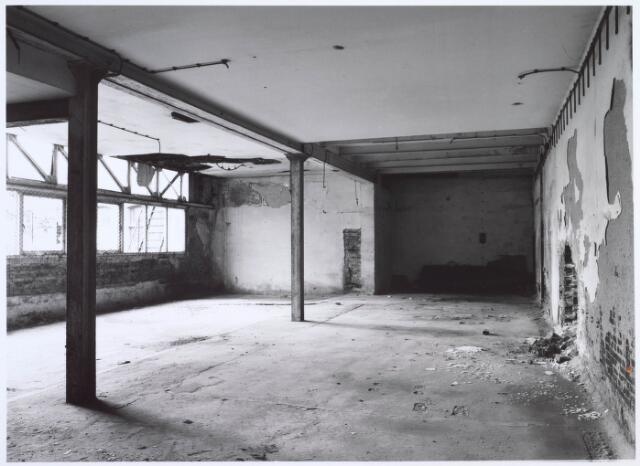 019268 - Interieur van een gebouw van de voormalige wollenstoffenfabriek C. Mommers