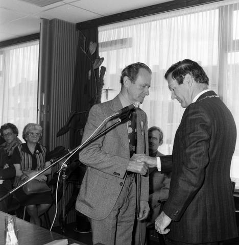1237_012_987-1_002 - Viering van een jubileum van textiel firma Van Besouw bij restaurant Boschlust in Goirle in mei 1975.