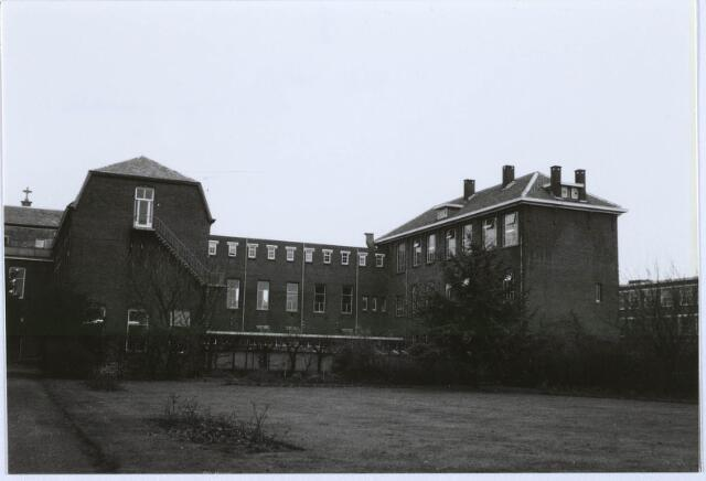 027551 - Oude Dijk.