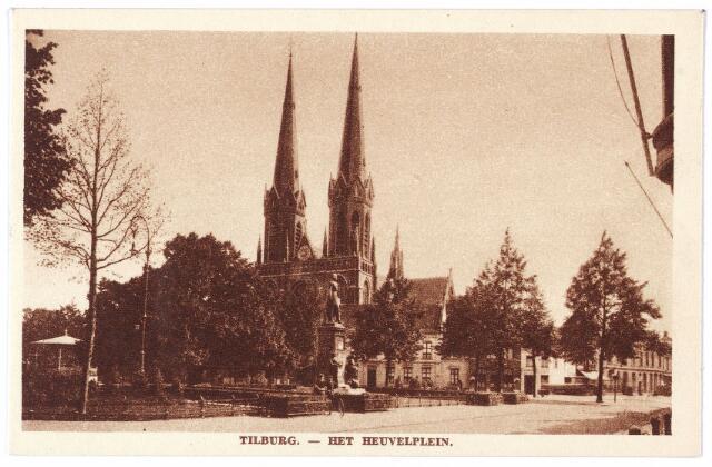 001021 - standbeeld Willem II, kerk St. Jozef en lindeboom op de Heuvel.