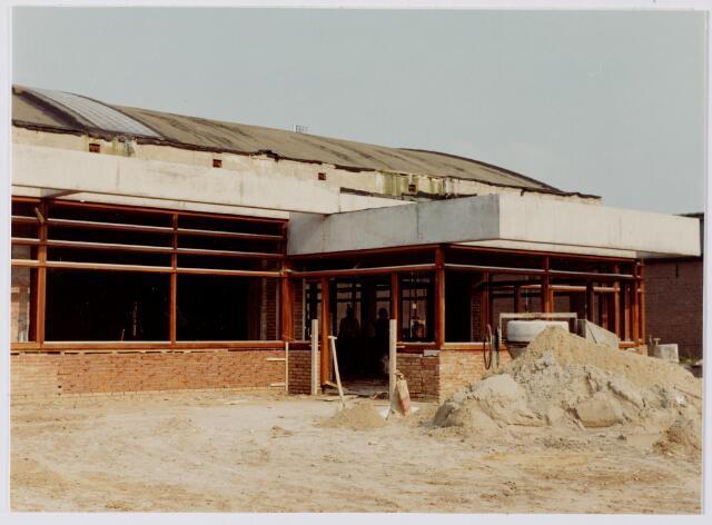 047101 - Plein 1803, het gemeentehuis tijdens de bouw.