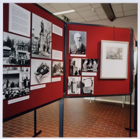 049244 - Tentoonstelling van Willem II t.g.v. zijn 150e sterfdag in 1999. Regionaal archief Tilburg, Kazernehof 75