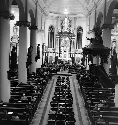 1237_013_060_003 - Muziek.Brabants conservatorium.Uitvoering in de Heikese kerk