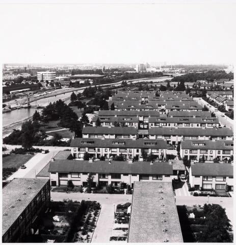 036419 - Panorama van Tilburg vanaf de flat aan de Hoffmannlaan.