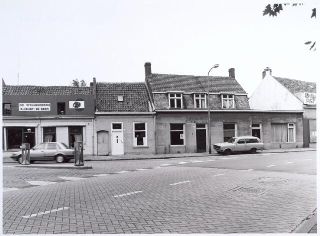 014643 - Begin van de Berkdijksestraat gezien vanuit de richting Korvelplein