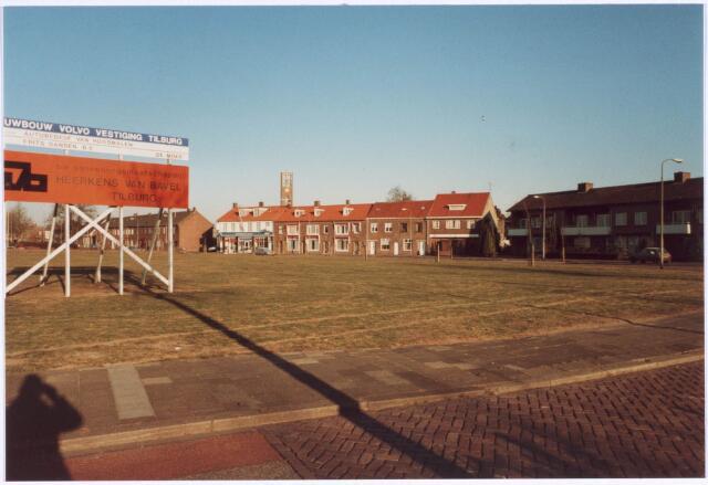 022457 - Nieuwbouw van Volvodealer Van Roosmalen aan de Hoevenseweg
