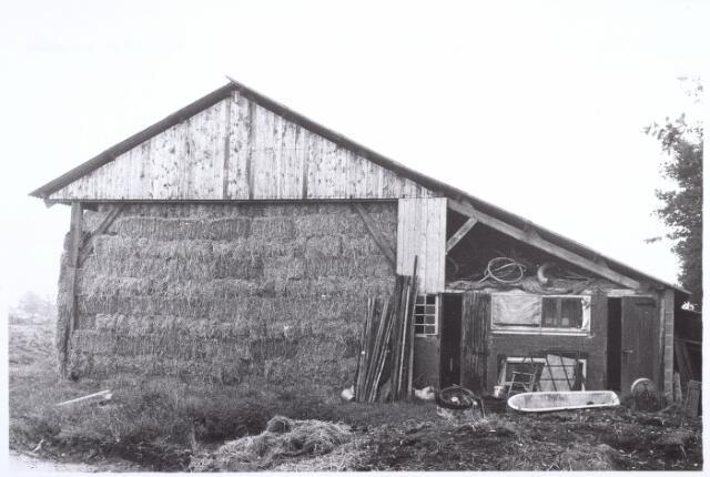 017851 - Hooischuur van boerderij Boogstraat 8 (thans Dr. Hub. van Dorneweg) anno 1971