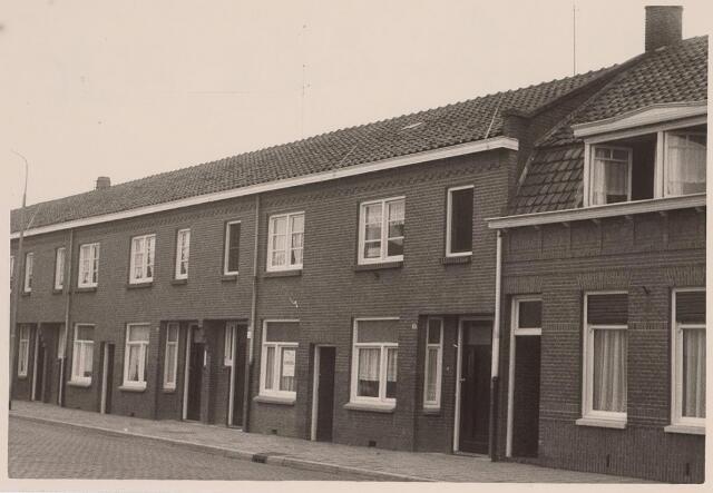 026143 - Panden Lijnsheike 21, 23 en 25 halverwege december 1962
