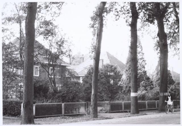 016433 - Pand Bredaseweg 410 (links)
