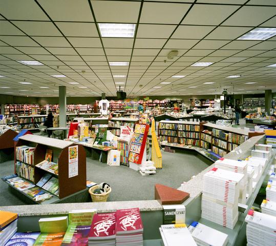 D-000934-1 - [Interieur boekhandel Gianotten]