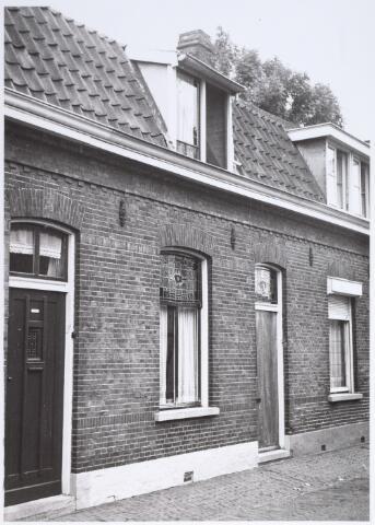014912 - Pand Voorstraat 18. Het werd gesloopt voor de aanleg van de Besterdring.